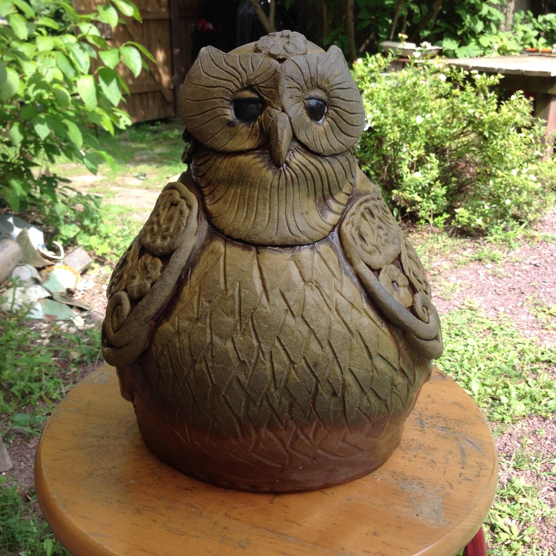 Owl sculpture; stoneware clay; 2017